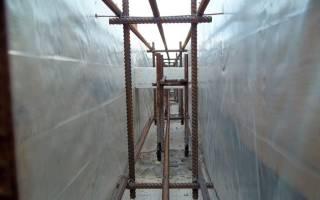 Устройство фундамента для частного дома с подвалом шаг арматуры стен
