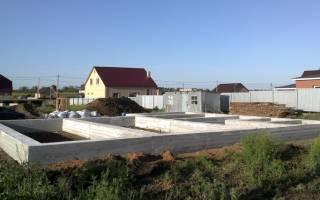 Описание свайного фундамента с ростверком на примере многоквартирного дома