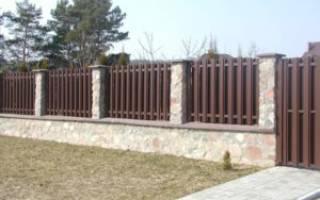 Расчет количества столбов для забора с учетом ворот и калитки